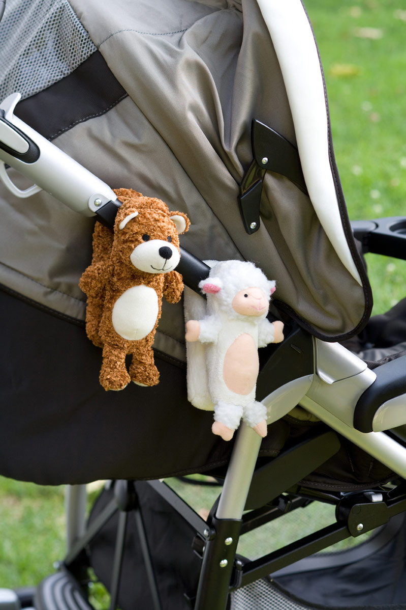 Can clip on any stroller because of its versatile design.
